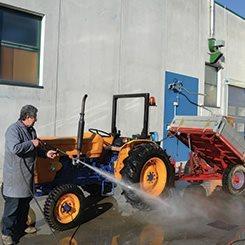 Idrobase-Idropulitrici-professionali-Traktor_hi-li2(0)